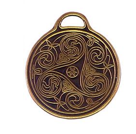 TRISKEL Amulet