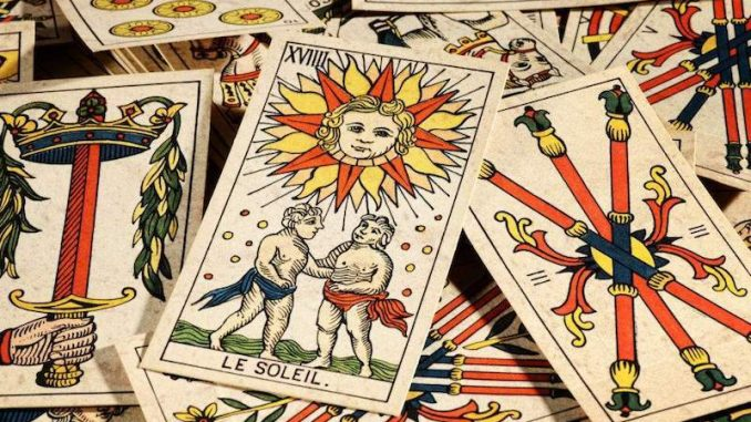 tarot-and-the-future-forecast