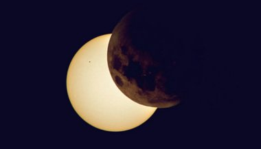 lunar-eclipse-in-aquarius-time-to-change
