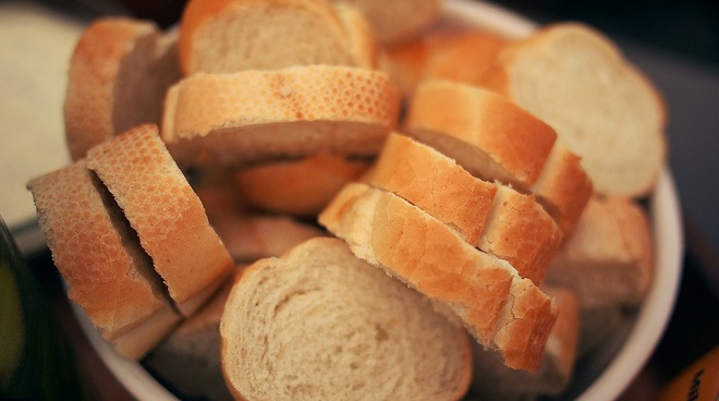 meaning-of-dreaming-about-bread