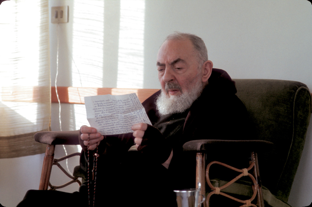 powerful-prayer-to-obtain-grace-from-padre-pio